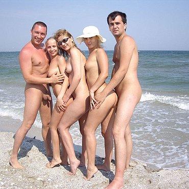 beach nudist foto